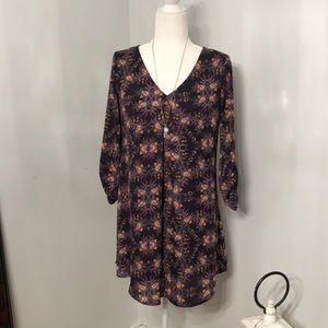 Super cute floral boho shift dress